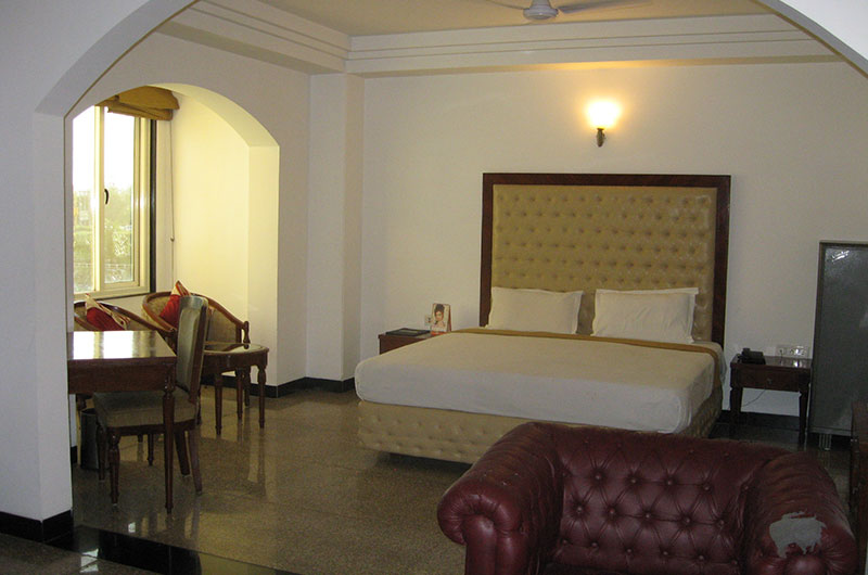Lavanya Motel-Regular Room